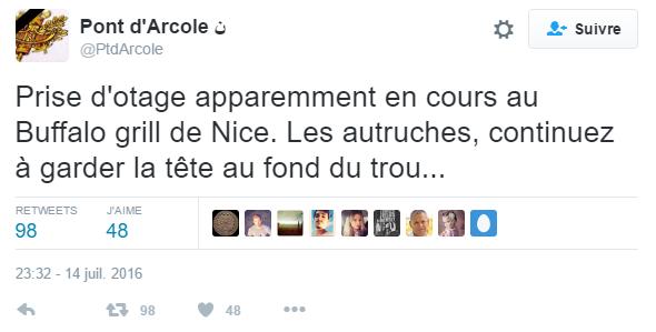 Tweet Pont D'arcole